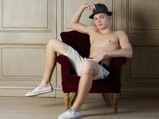 AnthonyHoneyBoy free online naked